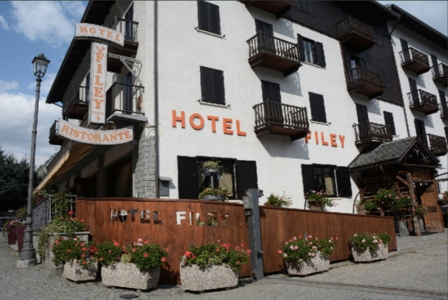 HOTEL FILEY***